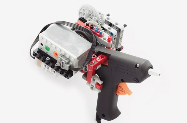 Here's how you make a 3D printing gun using Lego