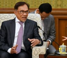 Malaysia in turmoil as Anwar denounces bid to bring down govt
