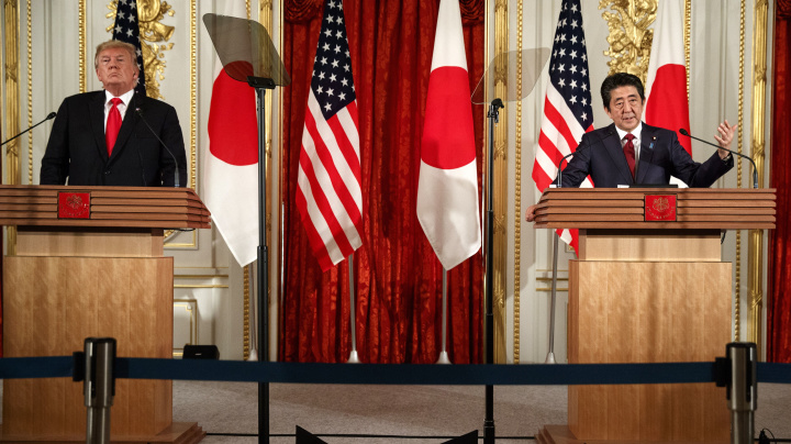 Trump breaks with Japan's Abe on missile tests
