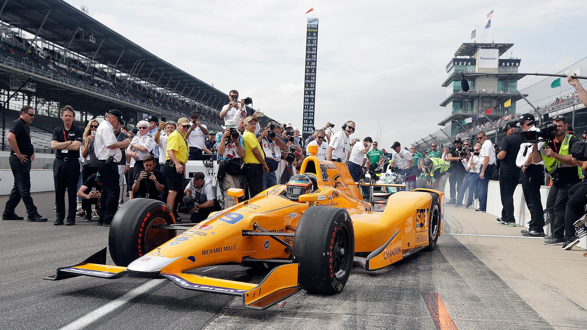 5 drivers to watch in the 2017 indianapolis 500. Black Bedroom Furniture Sets. Home Design Ideas