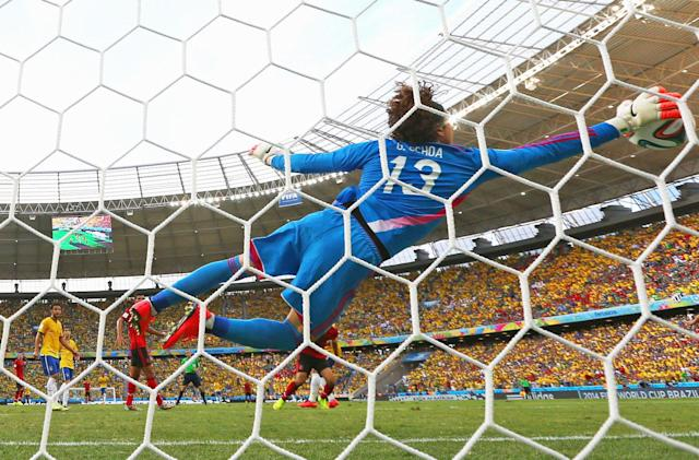 Facebook, Twitter and Snap all want rights to World Cup highlights