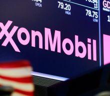 Exxon, Chevron to cut US jobs as oil industry struggles
