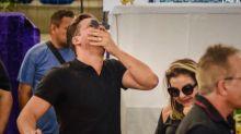 Com choro de Safadão, velório de Gabriel Diniz reúne 20 mil pessoas