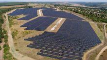 SolarEdge Soars As It Beats On Earnings; SunPower Results Miss