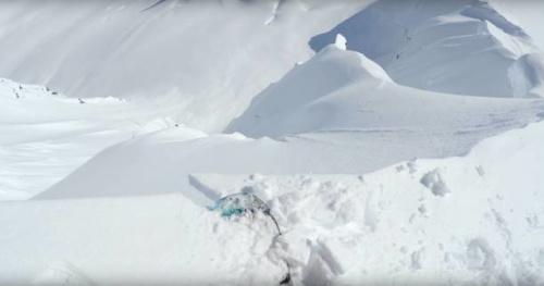 Snowboard - Vidéo : en pente raide avec John Jackson en Alaska