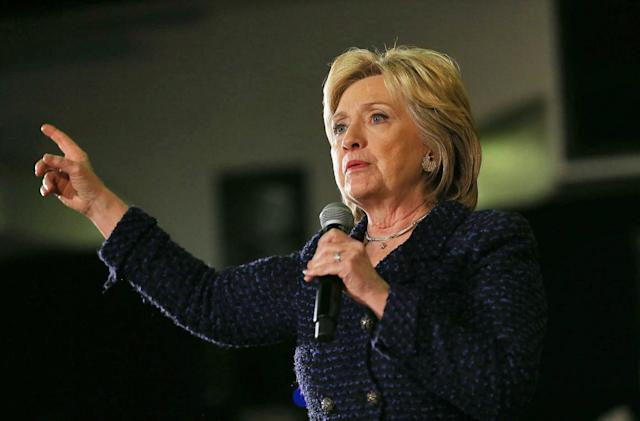 House Science panel opens new investigation into Clinton emails