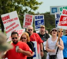 GM workers mark 'Solidarity Sunday' on week two of strike