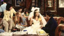 """""""Se 'Friends' fosse feito hoje, ninguém conversaria, só ficaria no celular"""", diz Aniston"""