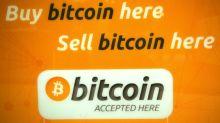Le bitcoin grimpe à ses débuts sur une grande Bourse américaine