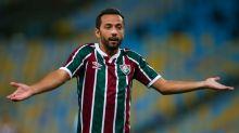 Amado e criticado: Por que Nenê divide opiniões entre torcedores do Fluminense?