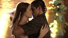 Juliana Paiva e Felipe Simas gravam primeiro beijo em novelas na pandemia