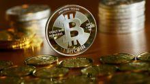 Bitcoin stürzt auf unter 8000 US-Dollar ab