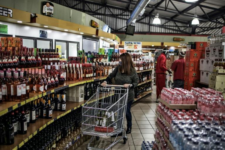 Until Monday, alcohol sales were banned under South Africa's strict lockdown regulations which came into effect on March 27 (AFP Photo/MARCO LONGARI)