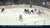 Oshie beats Kuemper over the glove