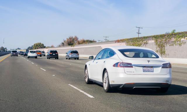 Tesla celebrates one billion Autopilot-assisted miles