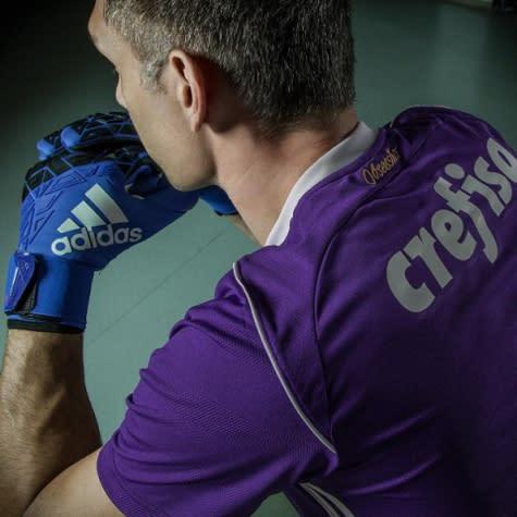 Palmeiras lança camisa roxa para o torcedor