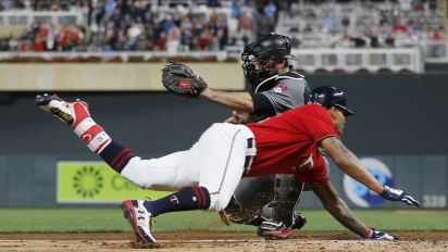 Byron Buxton shows off record-breaking speed on inside-the-park homer