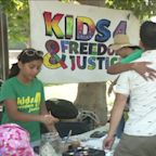 Kids Sell Lemonade in L.A. Park to Help Detained Migrants, Asylum Seekers