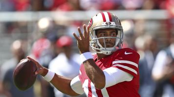 Niners hold breath as Jimmy G injures knee