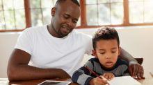 Lição de casa do ensino fundamental é 'difícil demais' para a maioria dos pais