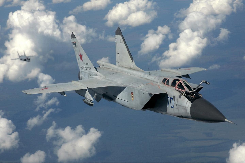 Russian interceptor MiG-41: The Foxhound of the XXI century