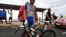 Tour de France - Thibaut Pinot chute à trois kilomètres de l'arrivée