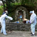 Italy, Spain suffer record virus deaths as infection rate surges