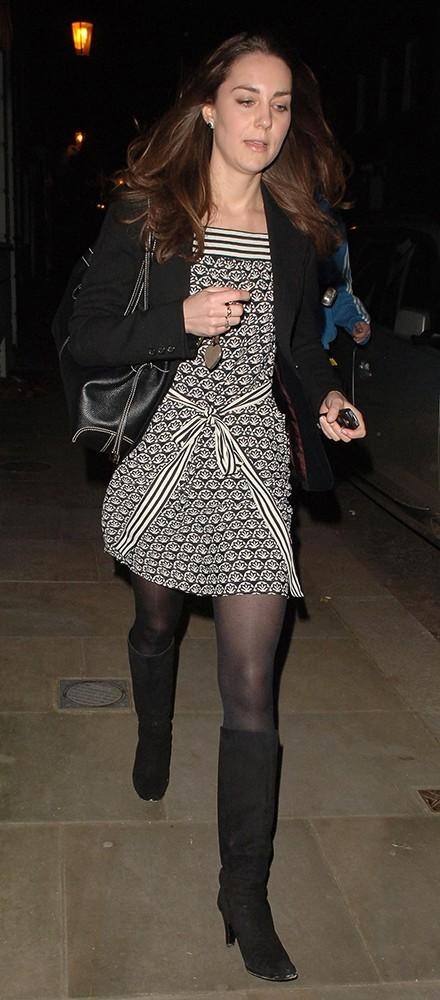 Kate wore this casual black and white patterned dress, arriving home from work.
