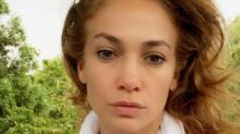 Jennifer Lopez posts a makeup-free selfie on Instagram and fans are in awe