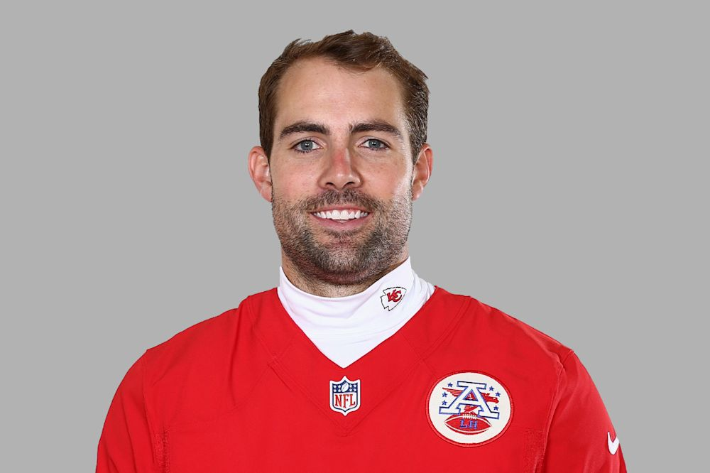 Titans go for experience at kicker in Ryan Succop