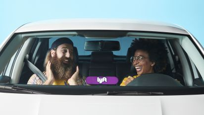 Uber and Lyft Stocks Drive in Different Directions This Week