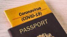 """Covid-19: le passeport de vaccination, """"un débat prématuré"""" pour le gouvernement"""