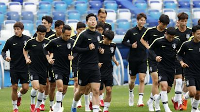 South Korean football squad swapped jerseys in training to confuse Swedish spies