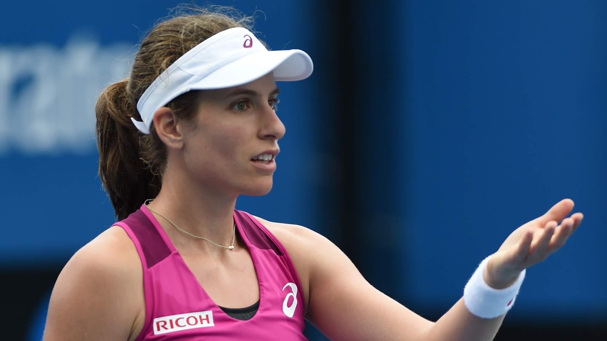 johanna konta cruises into oz round three