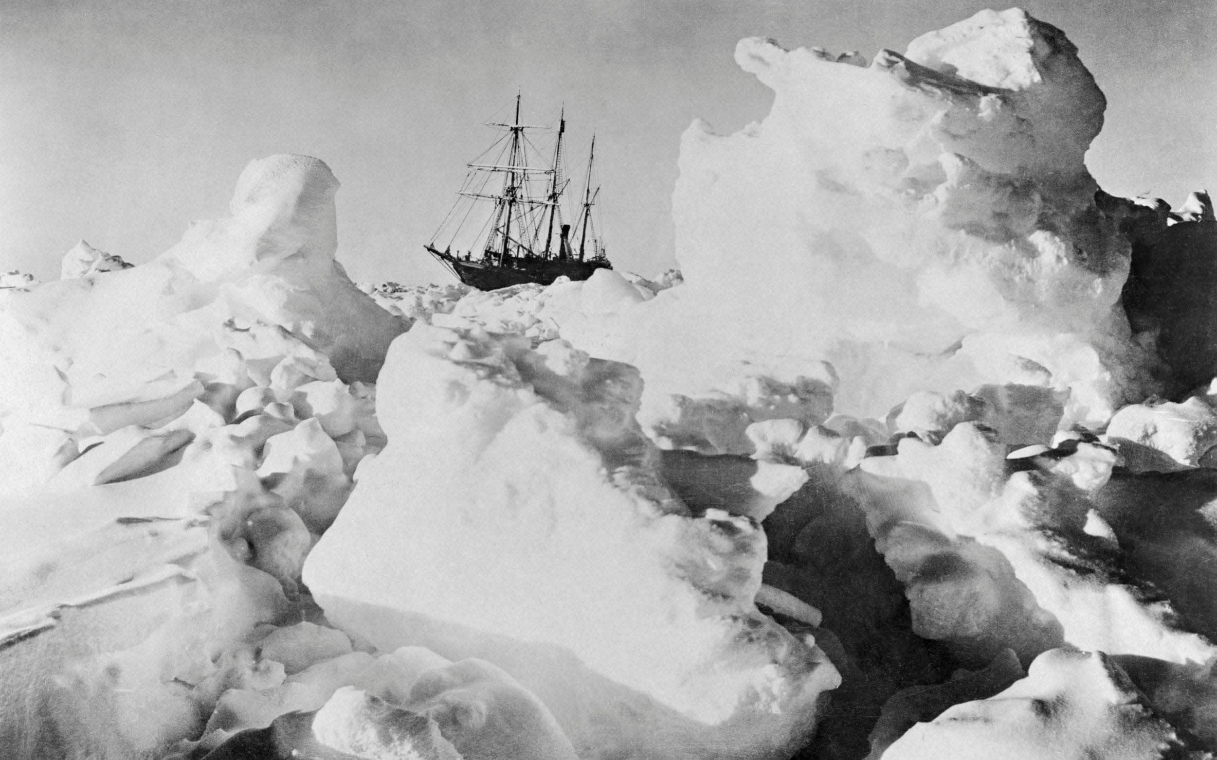 shackletons lost ship endurance - HD2501×1563