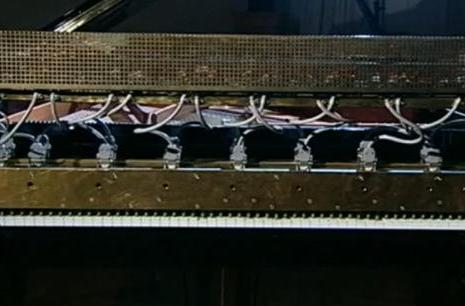 Mechanical piano hacked to talk, says nothing you'd be interested in