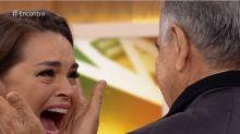 Suzy Rêgo reencontra o pai depois de dois anos e se emociona: 'Que presente'