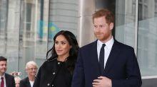 Mãe de Meghan Markle chega a Londres para acompanhar nascimento do neto