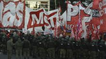Sindicatos paralisam Argentina contra ajustes e acordo com FMI
