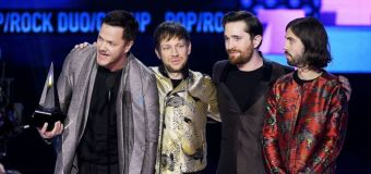 Full list of winners from the AMAs