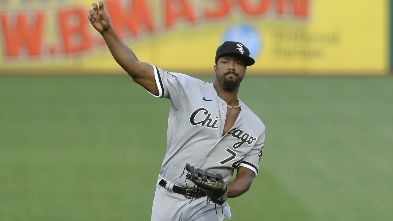 Eloy Jiménez returns to White Sox lineup as DH for do-or-die Game 3 vs. A's