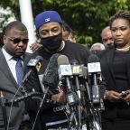 Prosecutor to discuss probe into fatal shooting of Black man