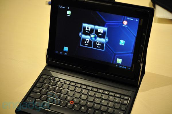Lenovo ThinkPad Tablet and Keyboard Folio case hands-on (video)