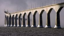 P.E.I. government stepping up COVID-19 screening, enforcement measures at Confederation Bridge