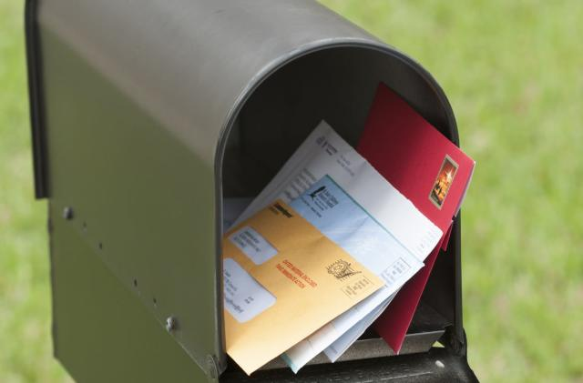 USPS will email you images of what's in your mailbox