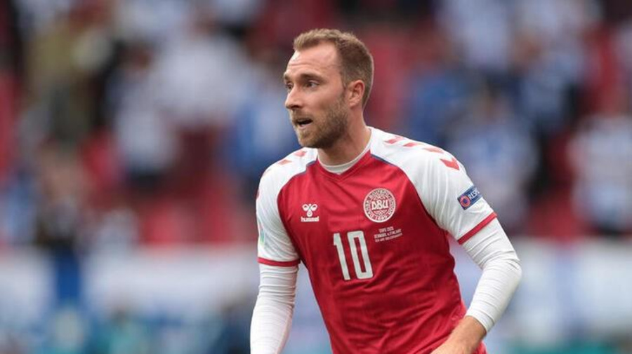 Soccer-Eriksen's former cardiologist says he had no history of heart concerns