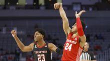 No. 17 Houston takes big lead, tops No. 14 Texas Tech 64-53
