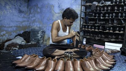 Footwear Stocks Surge As Rubber Price Drops