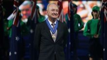 Tennis - Back from exile, Laver led Wimbledon into brave new world