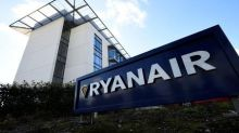 Ryanair pilots in Dublin vote in favour of industrial action